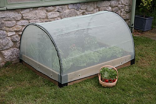 Wooden Raised Bed With Micromesh Cover Garden Beds Raised Vegetable Gardening Wooden Raised