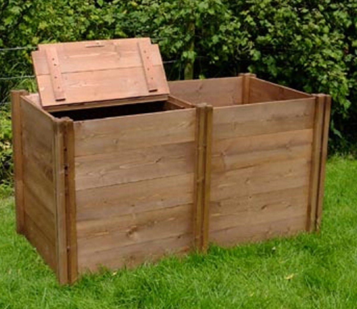 how to build a wooden composter